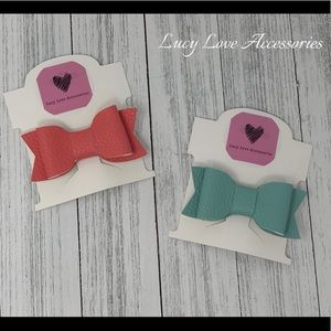Handmade set of two leather bow hair clips!
